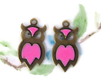 OWL Charms Antique Brass Ox Enameled Charm Owls Artsy Earring Components Findings Jewelry Supplies (568H)