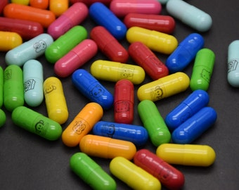100pcs 20x6mm mix color mix pattern wish pill capsule with a message inside, write your own love letter
