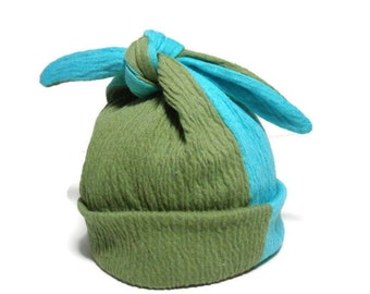 Newborn Baby Hat Soft Stretchy Hospital Homecoming Hat Modern Top Knot Infant Cap Color Block Pull-On Stretch Baby Hat Aqua/Green Beanie