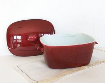 Rorstrand lidded casserole, Gratina casserole, red casserole, Gunnar Nylund casserole, Swedish casserola, Scandinavian design, retro ceramic