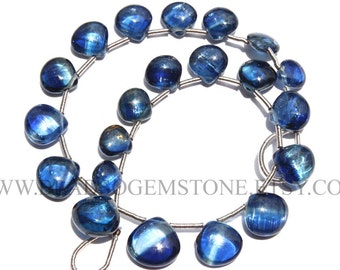 Kyanite Smooth Heart (Quality A) / 6.5 to 10 mm / 18 cm / KY-008