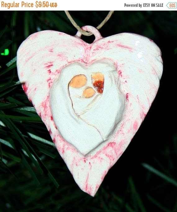 15% OFF SALE Small Heart Holy Family Ornament (32175)