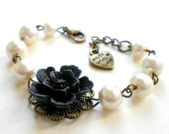 Flower Girl Bracelet Black and White Bracelet Pearl Wedding Jewelry Flower Girl Gift Children Bracelet Romantic Jewelry for Flower Girl