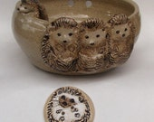 Four Hedgehogs Stoneware Yarn bowl, With Three Cute Relief Hedgehogs, Small Climbing Hedgehog, Comes With A Button Gift
