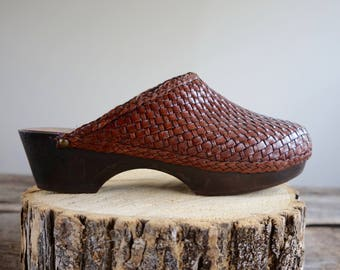 Platform Wood Clogs Sz 8  // Woven Leather Clogs  Sz 38.5  //  THE MAVEN