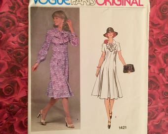 70's Vogue Paris Original Sewing Pattern Designer Molyneux