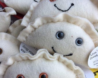 Felt Kawaii Pierogi Plush Toy/Ornament/Decoration (your choice of eye color)
