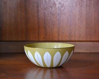 """vintage midcentury modern enamel 5 1/2"""" cathrineholm lotus bowl / grete prytz kittelsen / scandinavian home decor"""