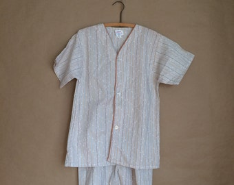 WEEKEND SALE! vintage 70's pajama set / deadstock / nos / mens night shirt and shorts / small size