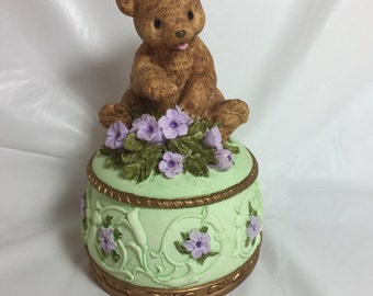 Vintage Heritage House Teddy Bear trinket box