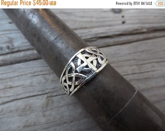 ON SALE Celtic ring handmade in sterling silver