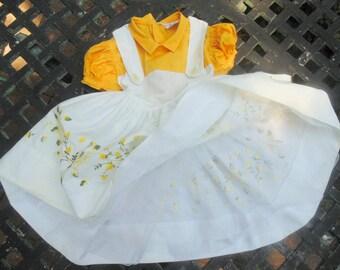 Mid Century Dress. Little Girls Dress. Party Dress. Dress w Crinoline. TINY TOWN TOGS. Embroidered Dress. 1950s. Vintage dress. Photo Shoot