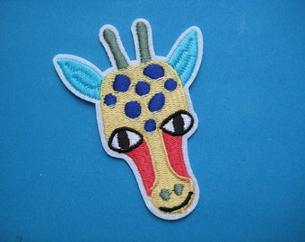 SALE~ Iron-on Embroidered Patch Girafe 3.25 inch