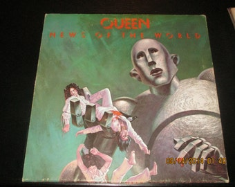 Queen  Vinyl - News of the World - Original Edition - in VG++ Condition