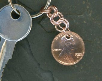 1982 Penny Keychain 35th Birthday Gift Coin 1982 Penny 35th Anniversary Gift