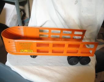 Vintage Overland Freight Lines Pressed Steel Orange Trailer, collectable