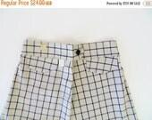 SALE Vintage 1950s Shorts / 50s Shorts / Plaid Shorts / Vintage Bermudas / 1940s Shorts / High Waist / Deadstock Bermuda Shorts / Rockabilly