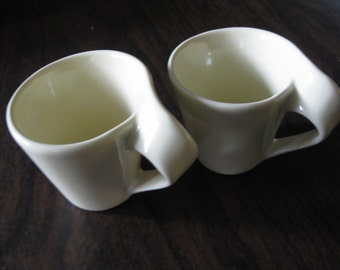 Vintage Pair of Demitasse Cups / Expresso Coffee Cups / Tea Cups