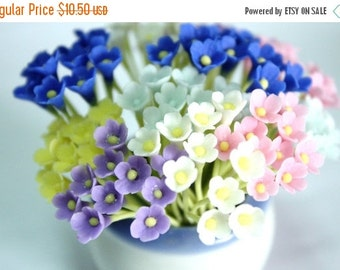 Miniature Polymer Clay Flowers Supplies for Dollhouse, set of 30 stems, six tones, White, Pink, Violet, Yellow, Blue and Light Blue