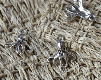 24 pcs Little Octopus Charms Antique Silver Tone,Octopus metal finding,Dangle Connector ,Charms findings beads,charm silver Metal pendant