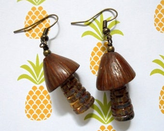 Rustic Golden Amber and Brown Palm Tree Earrings (3509)