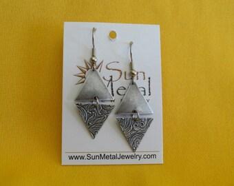 Angel's triangle silver earrings (Style #293S)