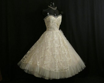 Vintage 1950's 50s STRAPLESS Ivory Lace Tulle Circle Skirt Party Prom Wedding DRESS Gown