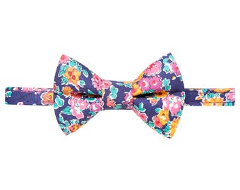 "Cat Collar + Matching Removable Bow Tie - ""The Caturday Vibes"" -  Red + White Holiday Polka Dot"