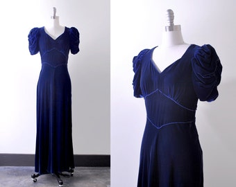 30's blue velvet dress. s. 1930's bias cut gown. silk velvet. navy blue. puffed sleeves.