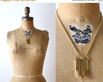 25% OFF mod 70's gold pendant necklace. art deco style. gold bars. 1970's vintage necklace.