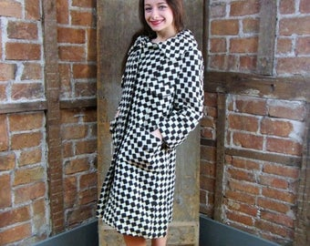 On Sale Vintage 1950s Coat / 1960s Stroller Coat / Car Coat / Black and White Checkered Coat