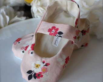 Light Pink Floral Baby Girl Shoes Cottage Chic - Baby Gift - Soft Sole Baby Booties
