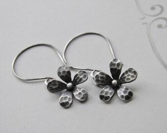 Flower Earrings Sterling Silver Earrings Handcrafted Earrings Oxidized Earrings Daisy Earrings Oxidised Silver Flower Earrings Dangle