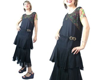 Early 1930s Black Silk Crinkle Chiffon Flounced Dress with Plaid Contrast and Bow Buckle XS/S