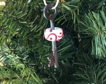 Santa's Magic Key-Lampwork glass bead-vintage skeleton Key-Ornament-Holiday-Christmas-handmade