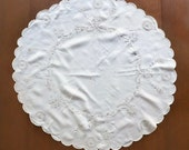Round Linen Cutwork Tablecloth with Embroidery