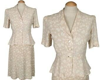 vintage 1930s novelty print dress set • rare HAWAIIAN hula girls rayon blouse & skirt XS