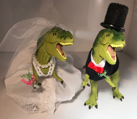 dinosaur wedding cake toppers custom dinosaur wedding cake topper animal by wmcouturedesigns 13532