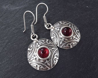Tribal Dome Ethnic Fleur Silver Earrings with Red Glass Stone - Authentic Turkish Style