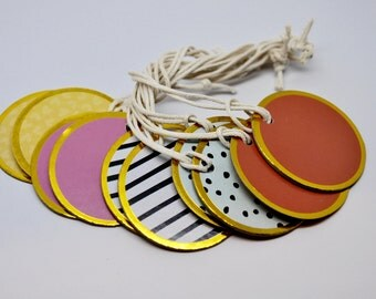 GOLD Metal Rimmed Tag - QTY 10  - Favor Tag - Shabby Chic - Place Card - Circle - Drink Tag - Wine Charm
