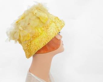 Vintage yellow hat, 1960s bucket hat, flocked leaves, flowers