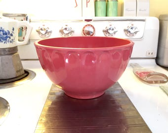 Boonton Made in New Jersey USA Pink Bowl has crack, please read description