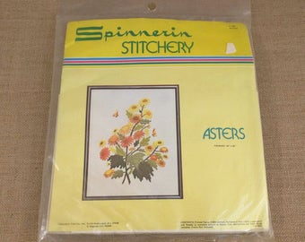 Spinnerin Stitchery Kit Asters Flowers ST860
