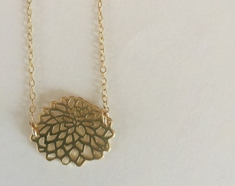 Gold Flower Necklace | Gold Floral Necklace | Gold Dahlia Necklace | Everyday Necklace | wholesale necklace | Summer Jewelry | Floral