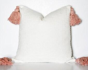 PINK TASSEL PILLOW// Cream Pillow, Tassel Pillow, Pink, Pink Tassels, Throw Pillow, Toss Pillow