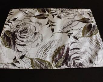 4 Pieces Brown Floral Placemats