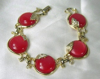 ON SALE Vintage Bracelet Red Moonglow Lucite Thermoset Round Gold Tone