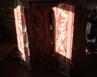Vintage French Dressing Changing Room Bedroom Boudoir Shield Guard Room Divider Separator circa 1970-80's / English Shop