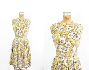1950s Dress - 50s Dress - Sleeveless Yellow Floral Daisy Print Cotton Day Dress