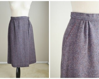 "Vintage Lavender Purple Wool Wrap Skirt  // womens small -- 26"" waist"